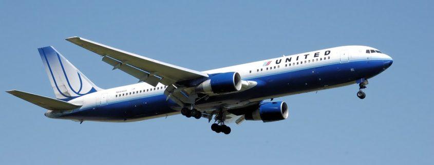United Airlines suspends PetSafe program