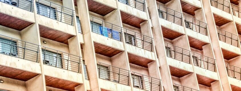 Woman threw dog off of balcony